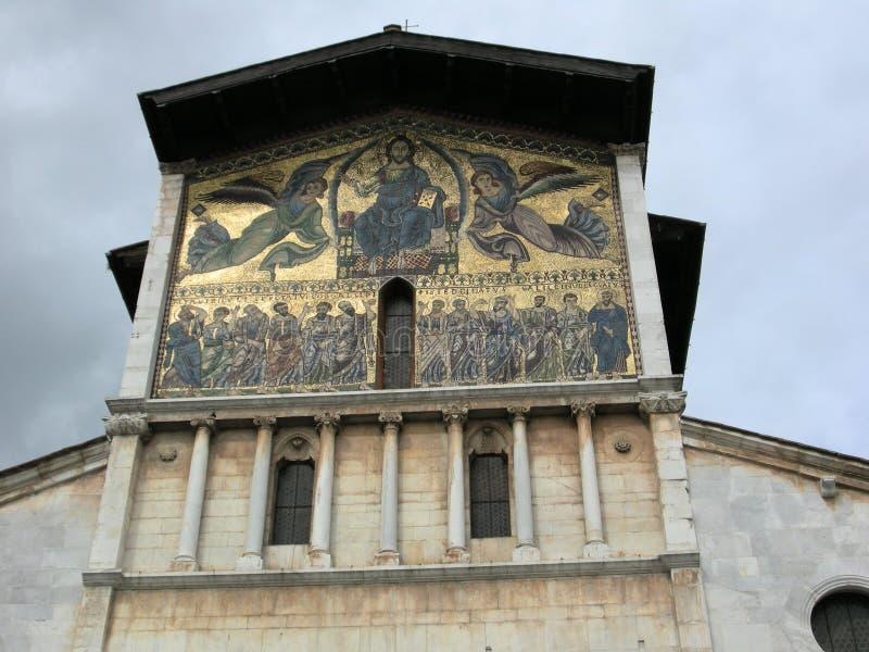 Bella chiesa di Lucca Toscana immagine stock libera da diritti