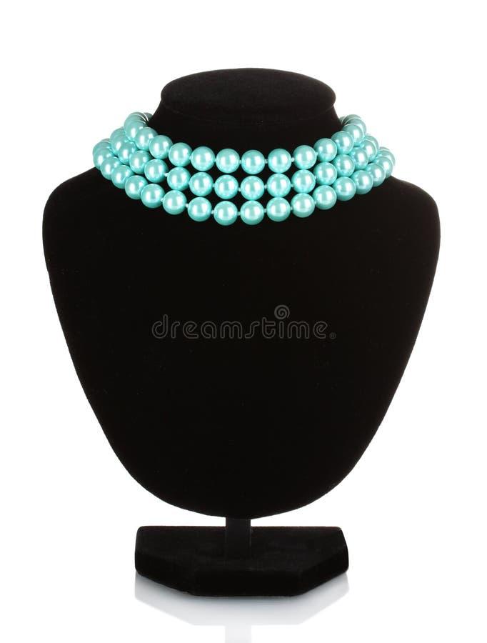 Bella collana delle perle blu su un mannequin fotografia stock libera da diritti