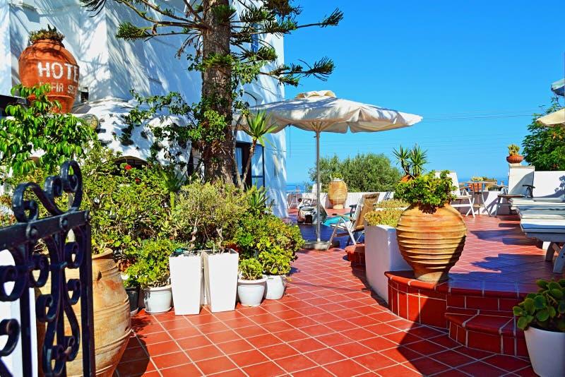 Bella decorazione esteriore tradizionale Santorini Grecia dell'hotel di località di soggiorno fotografia stock libera da diritti