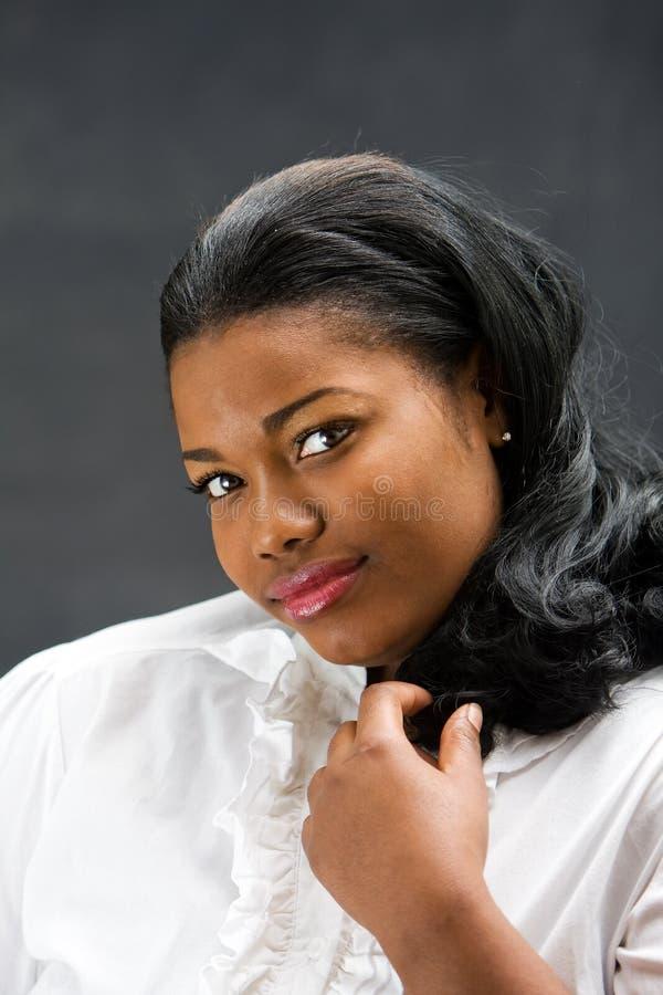 Bella donna africana immagini stock