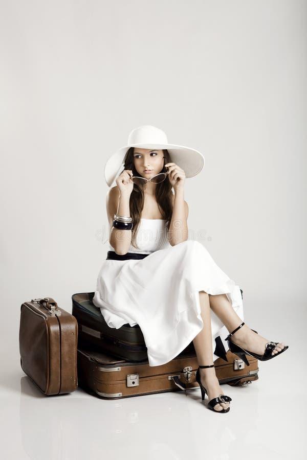 Bella donna alla moda fotografia stock