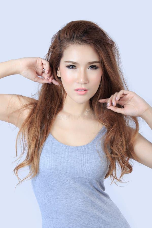 Download Bella donna asiatica fotografia stock. Immagine di ragazza - 56878092