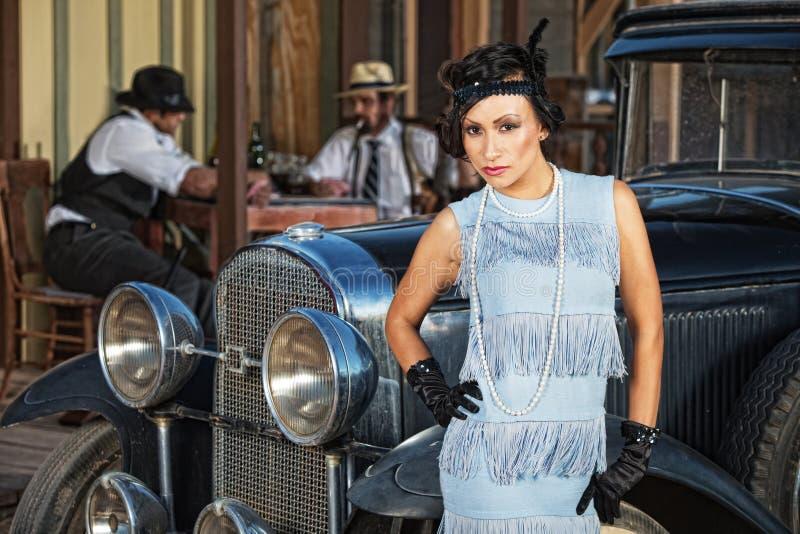 Bella donna in blu fotografie stock libere da diritti