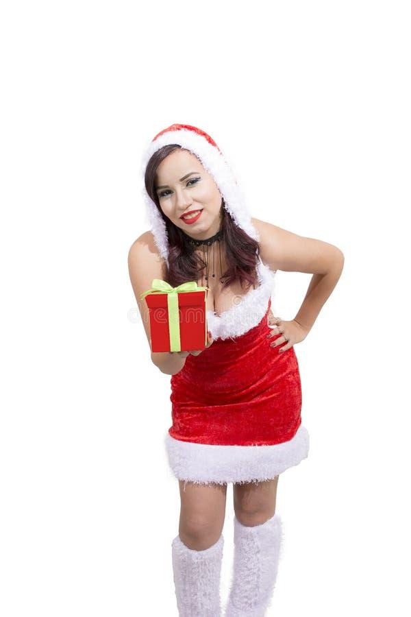 Bella donna che indossa le elasticità del costume del Babbo Natale presenti fotografie stock libere da diritti