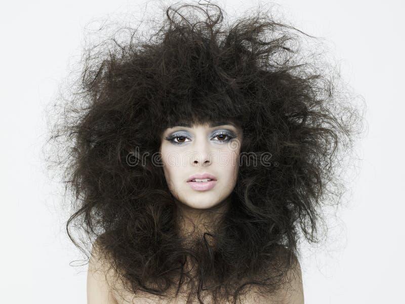 Bella donna con capelli magnifici immagini stock