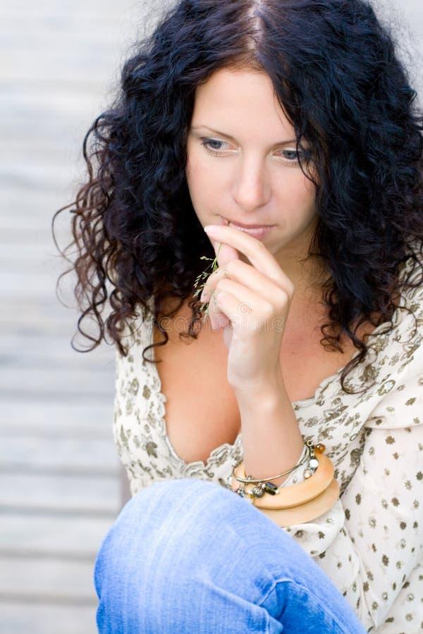 Bella donna del brunet fotografie stock libere da diritti