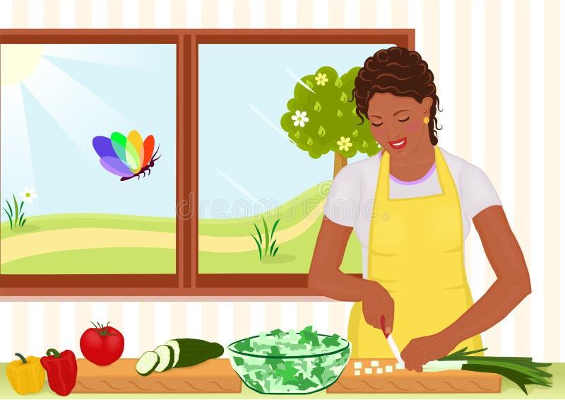 Bella donna dell afroamericano che prepara insalata