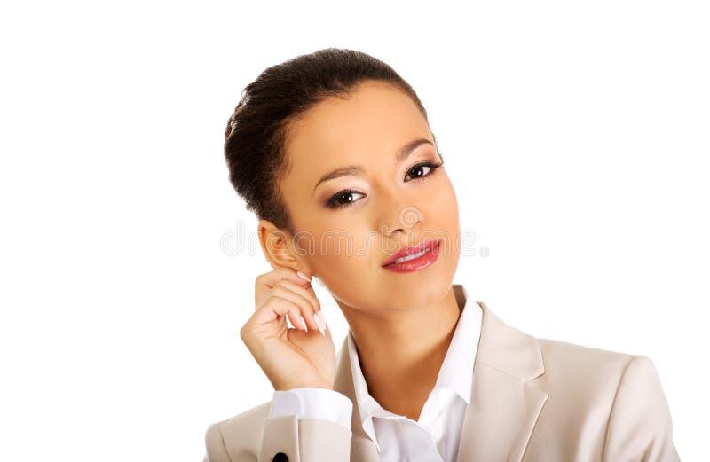 Bella donna di affari sorridente fotografia stock