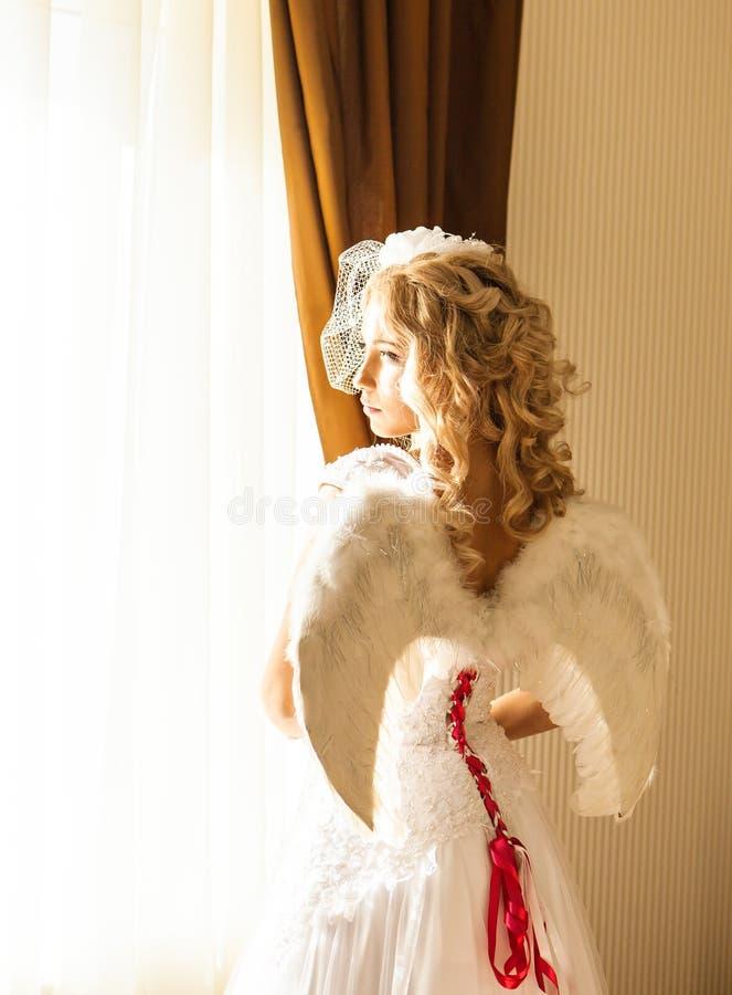 Bella donna di angelo fotografie stock