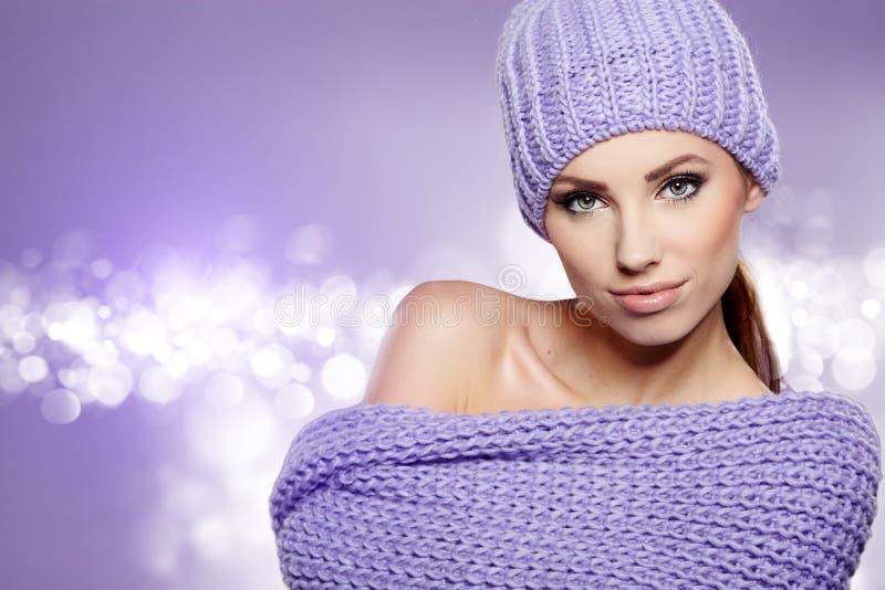 Bella donna di inverno fotografie stock