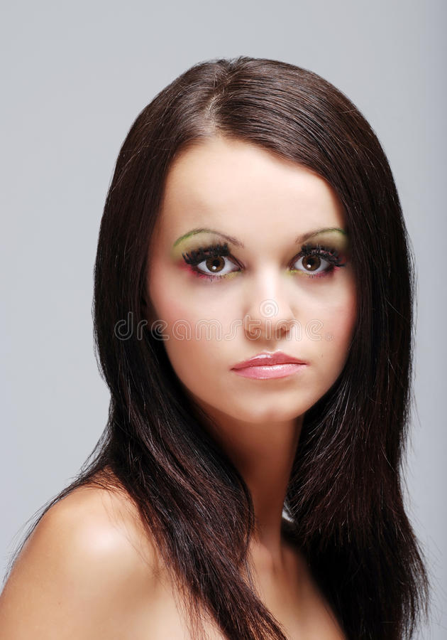 Bella donna europea del brunette di Headshot immagini stock libere da diritti
