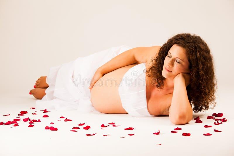 Bella donna incinta immagine stock libera da diritti