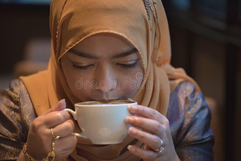 Bella donna musulmana fotografie stock
