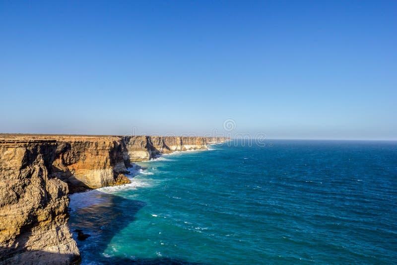 bella e grande allerta australiana famosa dell'ansa alle scogliere Campside, Australia di Bunda fotografie stock libere da diritti