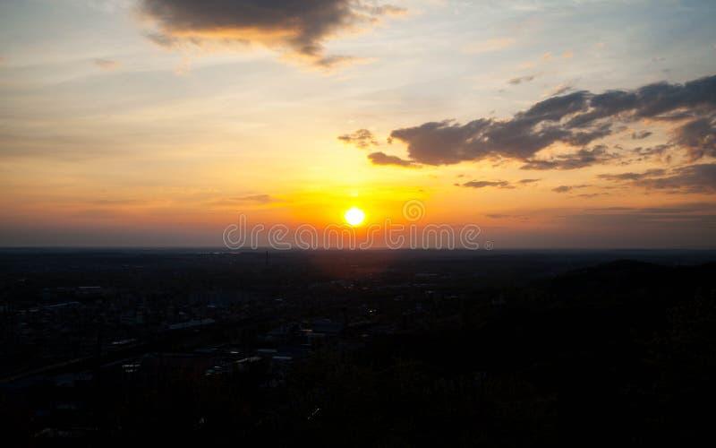 Bella ed alba celeste fotografie stock libere da diritti