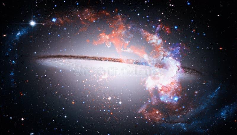 Bella galassia a spirale nello spazio cosmico Elementi di questa immagine ammobiliati dalla NASA fotografia stock libera da diritti