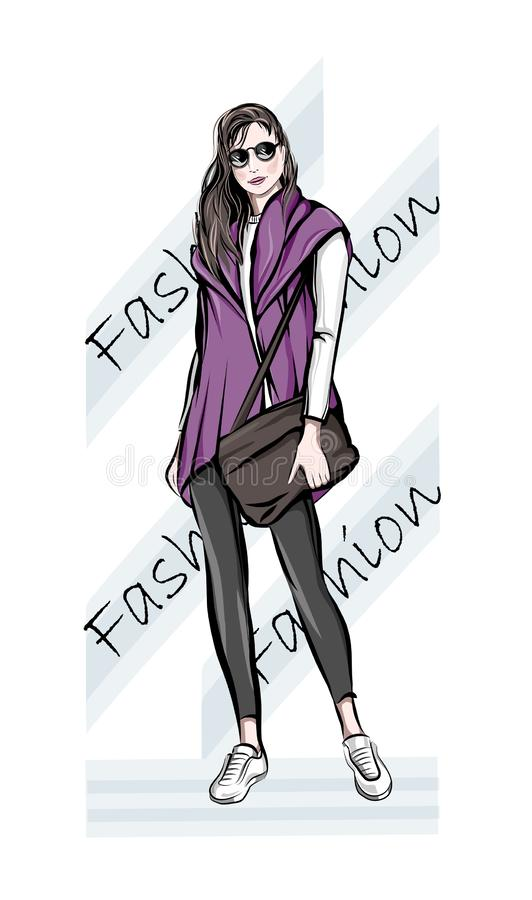 Bella giovane donna disegnata a mano con la borsa Donna di modo Ragazza sveglia alla moda in occhiali da sole abbozzo Illustrazio illustrazione vettoriale