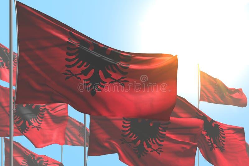 Bella illustrazione della bandiera 3d di festa del lavoro - molte bandiere dell'Albania stanno ondeggiando sul fondo del cielo bl illustrazione vettoriale
