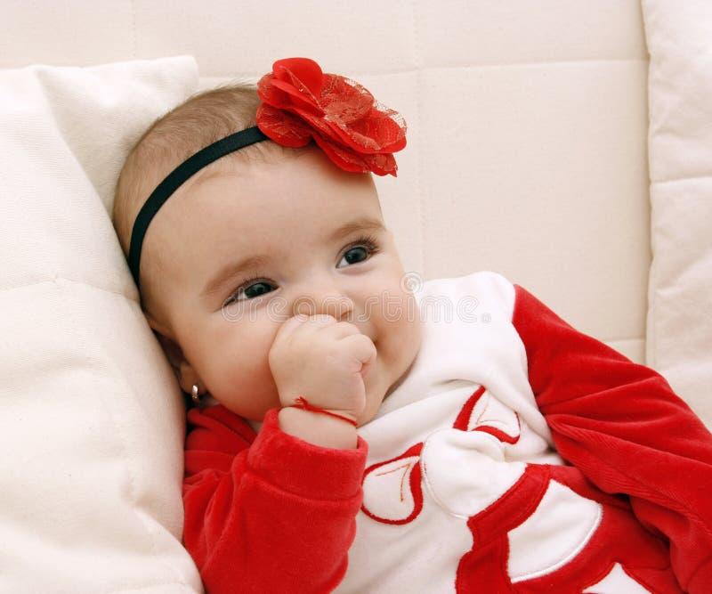 Bella neonata felice immagine stock