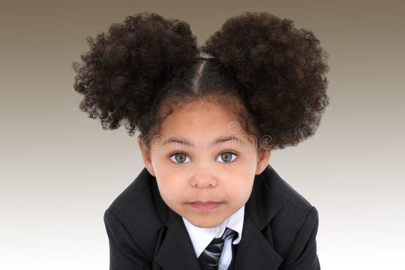Bella piccola donna di affari in rivestimento ed in legame immagine stock libera da diritti