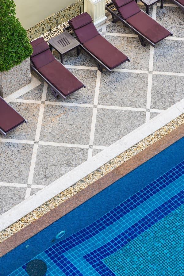 Bella piscina di lusso all'aperto in hotel fotografia stock