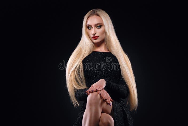 Bella ragazza bionda immagini stock libere da diritti
