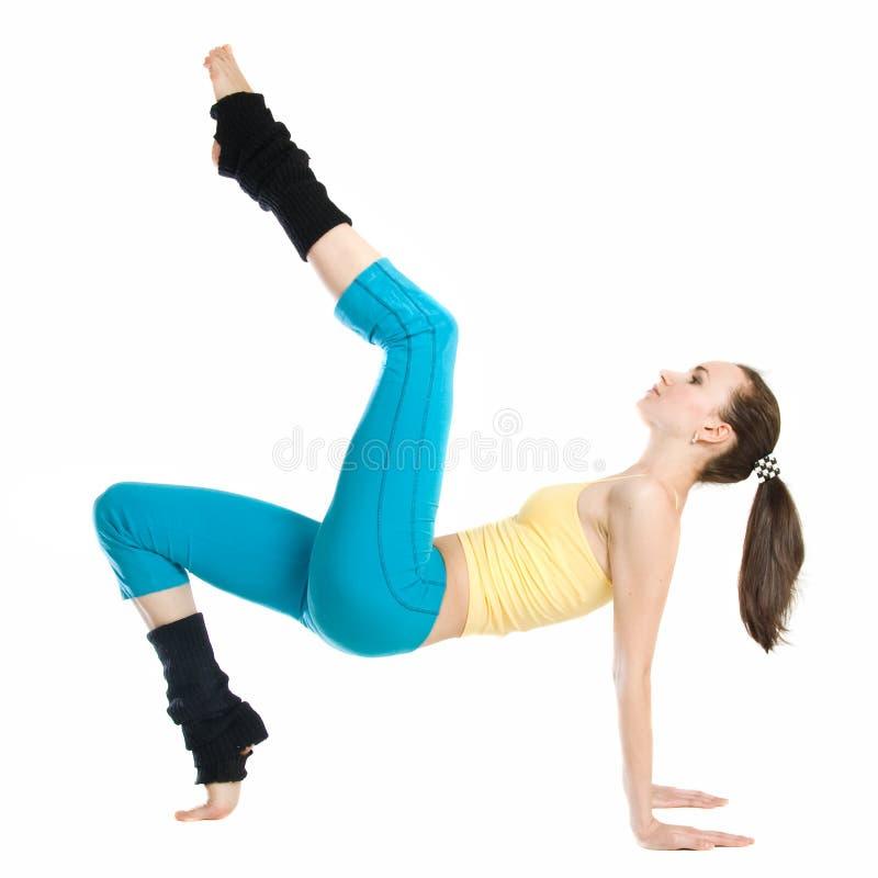 Bella ragazza che fa ginnastica fotografia stock