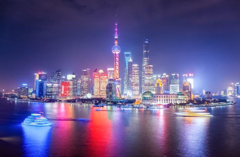 Bella scena di notte a Schang-Hai immagini stock libere da diritti