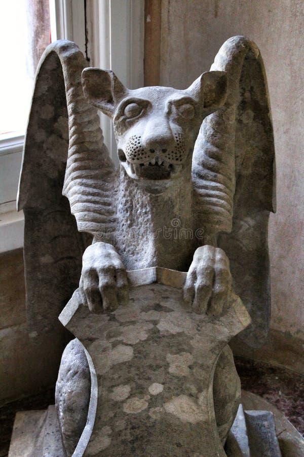 Bella scultura di Quimera nel palazzo di Monserrate immagini stock