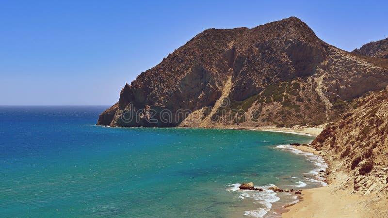Bella spiaggia di Paradise nell'isola Kos - Kefalos della Grecia Concetto di estate per la vacanza/festa Priorit? bassa variopint fotografia stock libera da diritti
