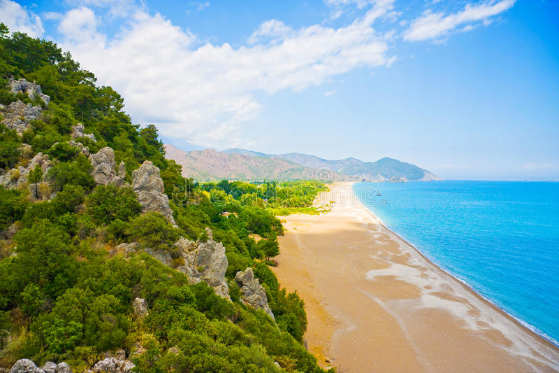 Bella spiaggia, litorale mediterraneo, Turchia fotografia stock libera da diritti