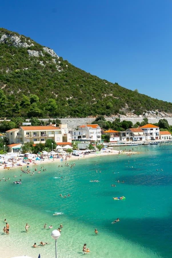 Bella spiaggia nella localit di soggiorno di klek della for Soggiorno in croazia