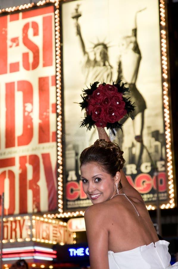 Bella sposa sul Times Square fotografia stock