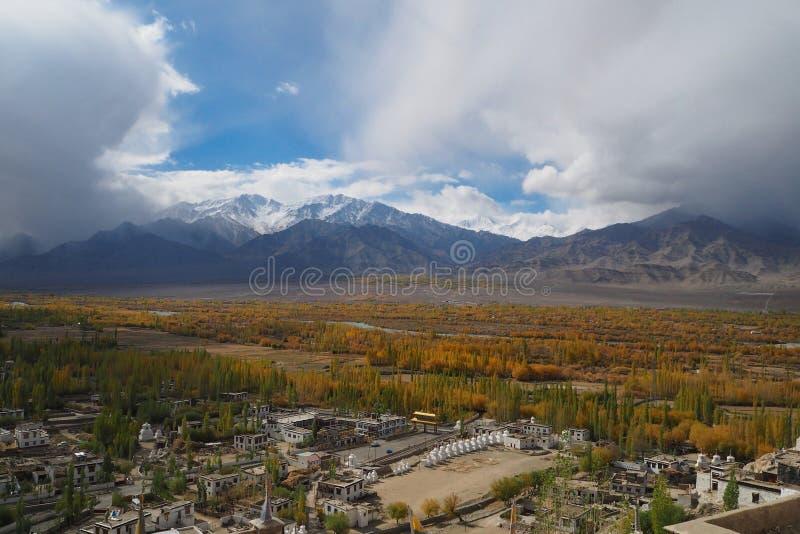 Bella stagione invernale in Leh Ladakh, l'India immagini stock libere da diritti