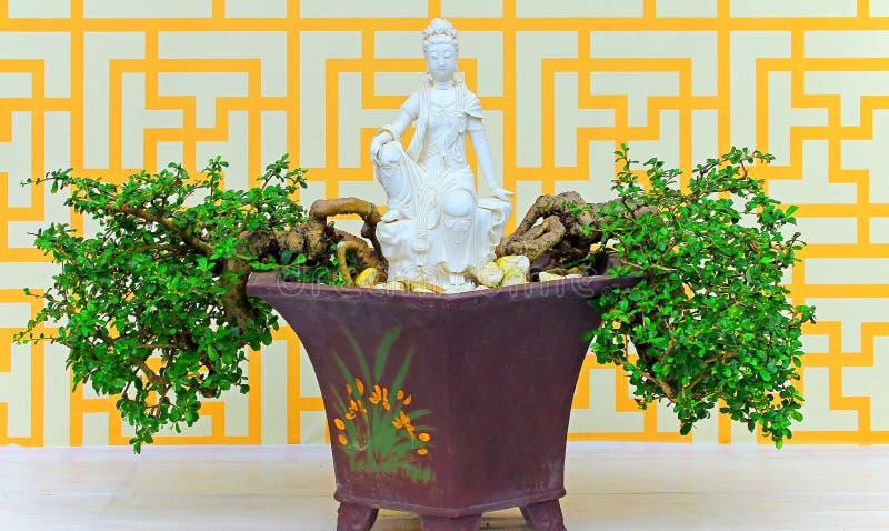 Bella statua di marmo di yin quan o di quan immagini stock