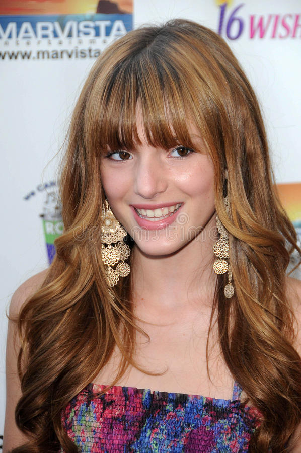Download Bella Thorne redaktionelles stockbild. Bild von film - 26356499