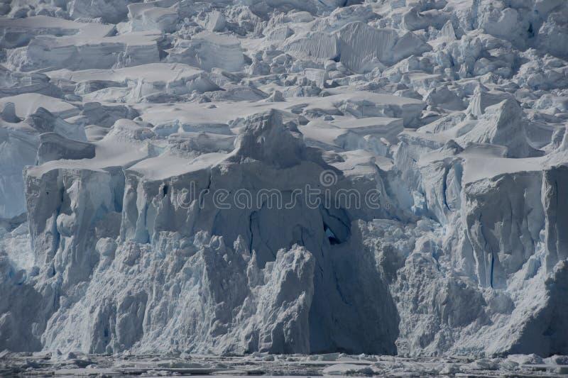Bella vista degli iceberg in Antartide fotografia stock