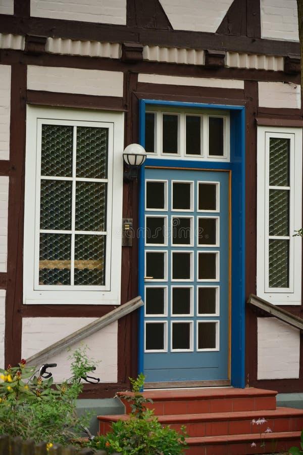 Bella vista della cittadina storica in Germania Wienhausen fotografia stock libera da diritti