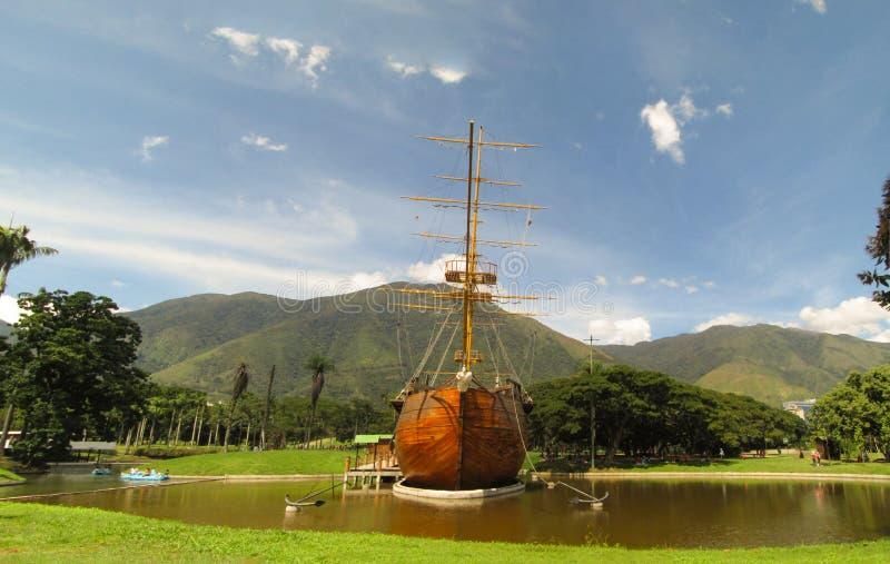 Bella vista della montagna Caracas Venezuela Warairarepano di Avila immagini stock libere da diritti