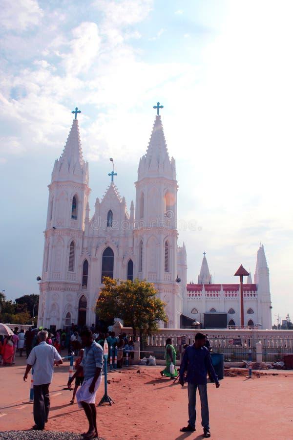Bella vista frontale della basilica di fama mondiale della nostra signora dei buona salute in velankanni fotografia stock