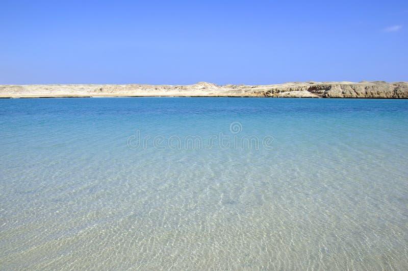 Download Bella Vista Sul Mare E Deserto Fotografia Stock - Immagine di isola, oceano: 7322884