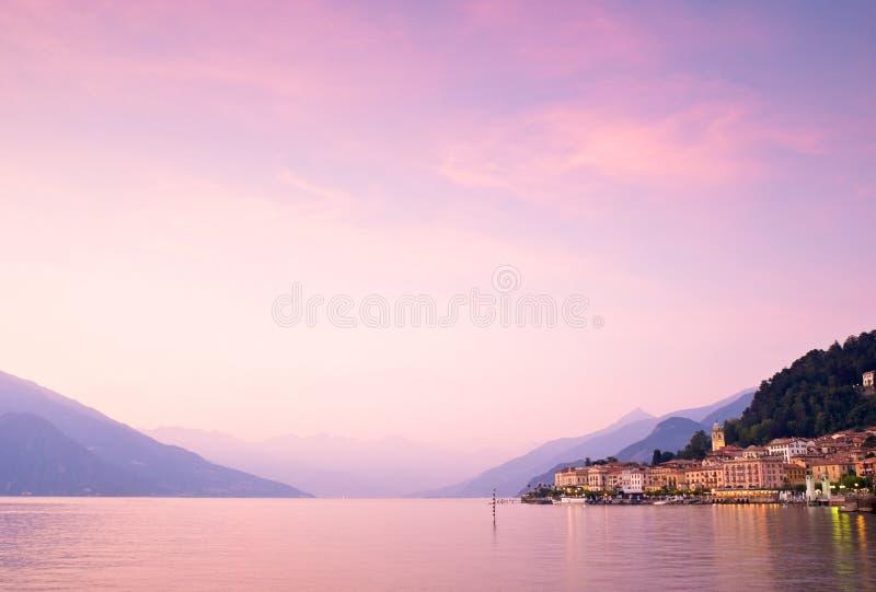 Bellagio en el lago Como en Italia imágenes de archivo libres de regalías