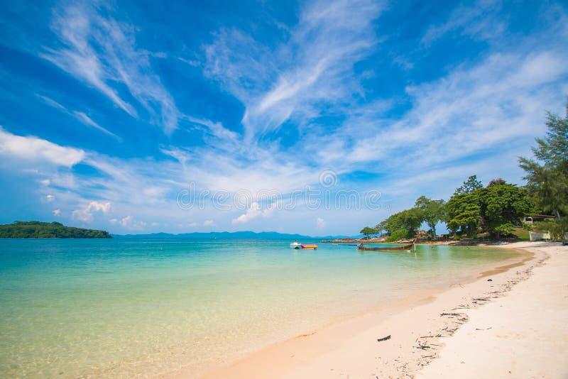 Belle île de Naka Noi à Phuket, Thaïlande images libres de droits