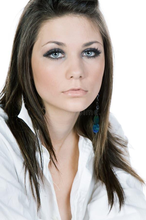 Belle adolescente dans la chemise blanche images libres de droits