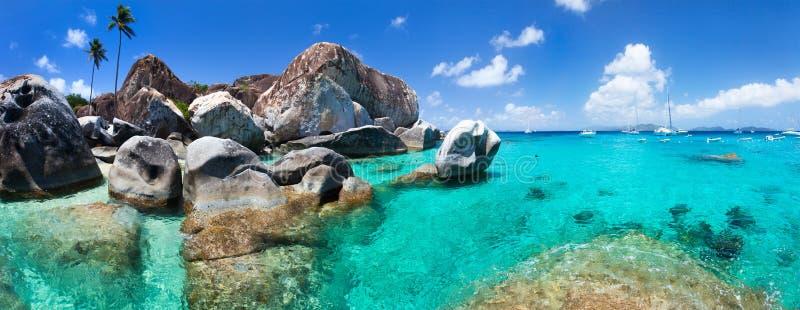 Belle côte tropicale chez les Caraïbe photo stock