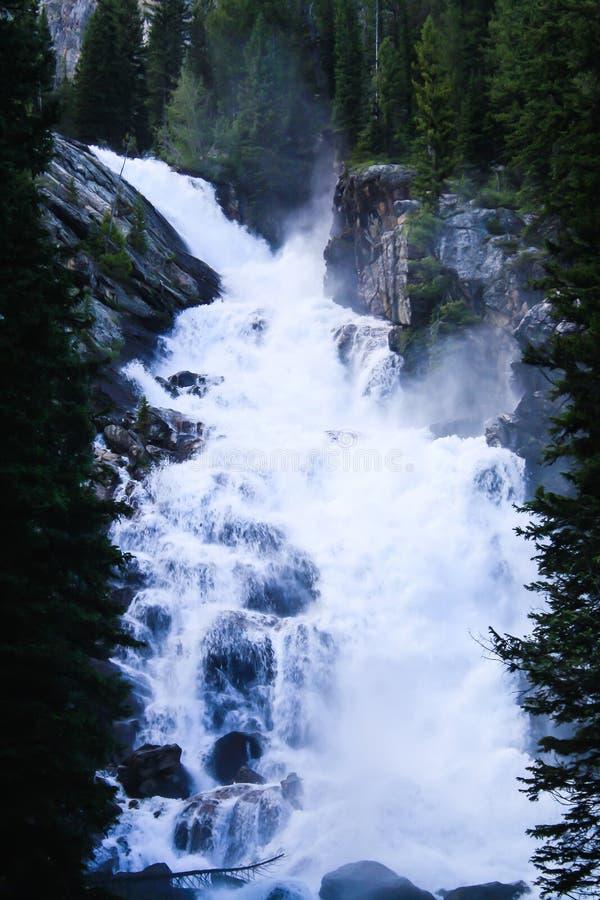 Belle cascade au parc national grand de Teton images libres de droits