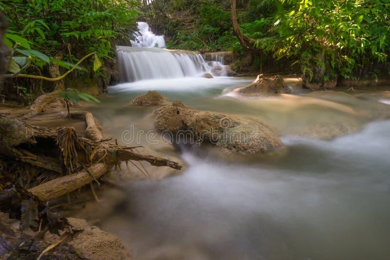 Belle cascade d'unité centrale Kang en Chiang Rai, partie nord de thaïlandais photographie stock libre de droits