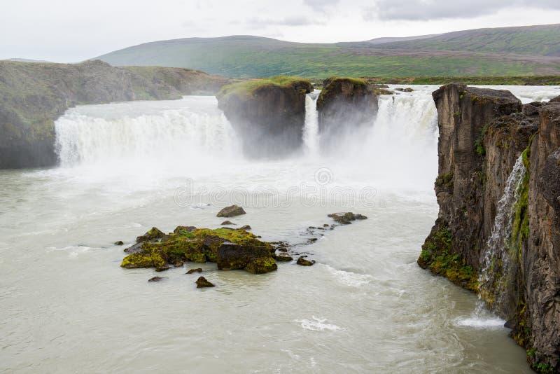 Belle cascade de Godafoss, Islande du nord photo stock