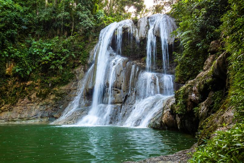 Belle cascade de Gozalandia en San Sebastian Puerto Rico image stock