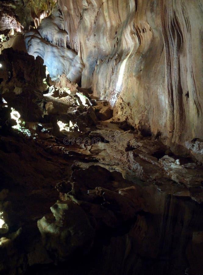 Belle caverne à découvrir photo stock